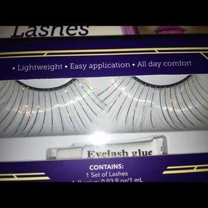 Other - Glitter Dramatic false eyelashes w/glue